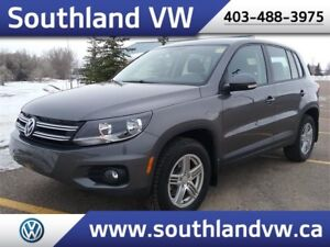 2014 Volkswagen Tiguan  **LOW KM-WARRANTY-AWD**