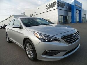2015 Hyundai Sonata 2.4L GL, heated seats, back up cam, alloys,