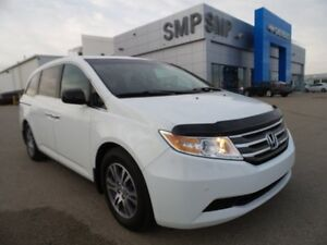 2011 Honda Odyssey EX-L, PST paid, power seat, leather, DVD, all