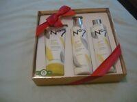 no 7 gift set