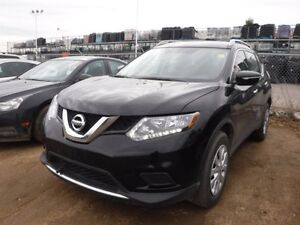 2015 Nissan Rogue S AWD, Bluetooth, A/C, back up camera, SMP