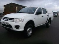 Mitsubishi L200 2.5 4 WORK DOUBLE CAB 4X4 134 BHP DIESEL MANUAL WHITE (2014)