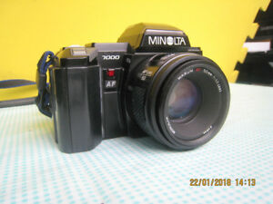 Minolta Maxxum 7000 35mm SLR Film Camera