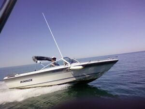 1988 Rinker with EZ Trailer - Excellent Condition