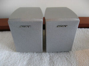 SONY COMPACT SPEAKERS Kitchener / Waterloo Kitchener Area image 1