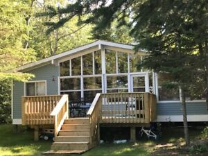 Quiet Lakefront Cabin for Rent in Traverse Bay