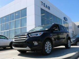 2017 Ford Escape 300A, TITANIUM, 4WD, SYNC, NAV, TWIN PANEL MOON