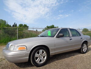 2008 Ford Crown Victoria LX-ONE OWNER-DRIVE EXCELLENT