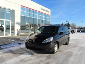 2010 Toyota Sienna $108 bi-weekly payment OAC!! Fully Inspected!