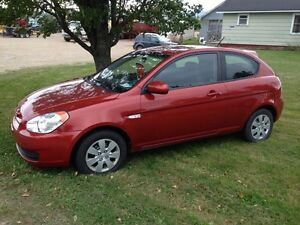 2010 Hyundai Accent only 74000 kms