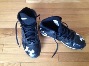 Reduced Under Armour Football Cleats For Sale