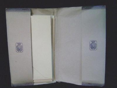 Paper lettere and envelopes medievalis cartiere miliani fabriano 60's nuove