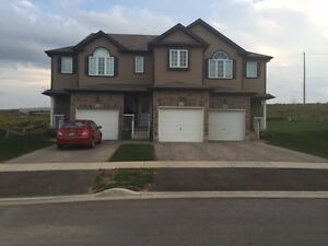 260 Countrystone Cres-Townhouse in University Meadows