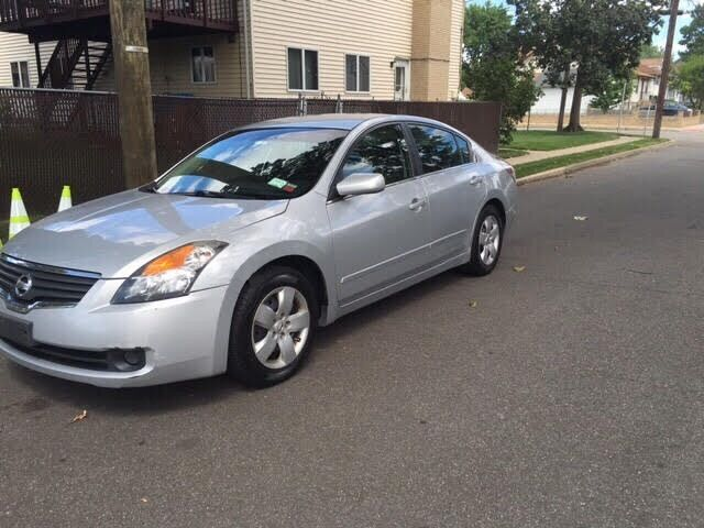 Image 1 of Nissan: Altima 4dr Sdn…