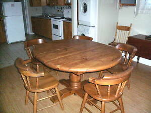 Pine Table & 5 chairs