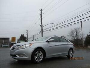 $79 BI WEEKLY! 2012 Sonata GLS ALL FOUR HEATED SEATS, USB, AUX