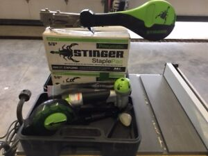 Stinger stapler