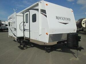 2015 Rockwood Ultralite 2304DS Travel Trailer