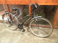 LADIES RALEIGH HYBRID / TOWN / CITY BIKE £59 ( LIMITED EDITION )