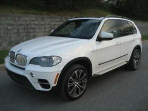 2011 BMW X5 50i (109,000/KM, CUIR, TOIT PANO, AIR, MAGS, FULL!)