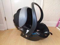Stokke Izi Go Be Safe car seat 0-13kg -£50 including postage