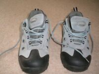 WOMENS COTTON TRADERS WALKING SHOES - SIZE 7