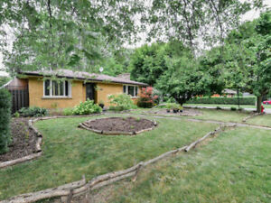 ♥♥ JUST LISTED! Move to NIAGARA for LESS !! -OPEN HOUSE Sat. ♥♥