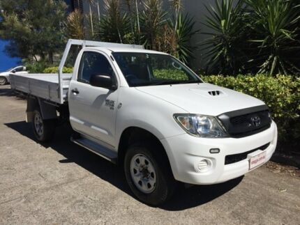 2010 Toyota Hilux KUN26R MY11 Upgrade SR (4x4) White 5 Speed Manual Cab Chassis
