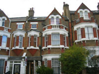 2 BEDROOM FLAT. GREAT LOCATION> LONG Private let NO AGENTS