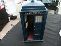 Dr Who telephone box,full working order £12.