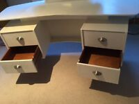 RETRO. - Dressing table for sale
