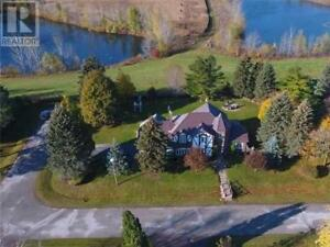 12 THORNBAY DR Whitchurch-Stouffville, Ontario