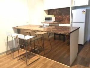 Furnished Room in Free Tram Docklands with Utilities/Wifi for 205