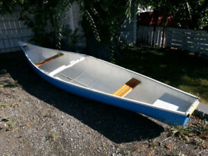 Square Stern Canoe in great shape