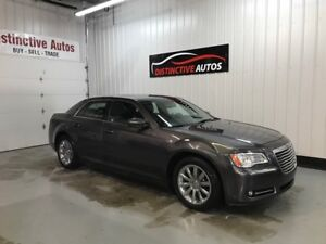 2013 Chrysler 300 Touring LEATHER/BACKUP CAMERA/PANORAMIC ROOF