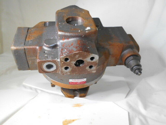 MOOG 0514300287 PISTON PUMP USED