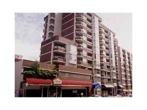 $1900 / 1br - 570ft2 1 BR Downtown Van. Condo avail Apr 1