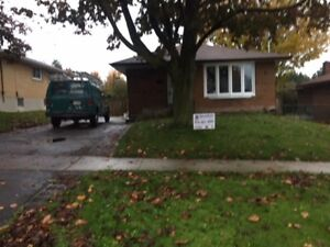 ** Brand new 3bd bungalow upper unit close to Go whitby