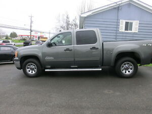 2011 GMC Sierra 1500 SL Nevada Edition One owner 3 yr warranty