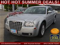 2008 Chrysler 300 Touring Sedan with SUNROOF, MADE IN CANADA