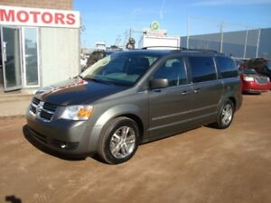 2010 Dodge Grand Caravan SXT LEATHER/ POWER DOORS