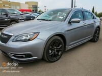 2013 Chrysler 200 S, NAV, sunroof, heated seats
