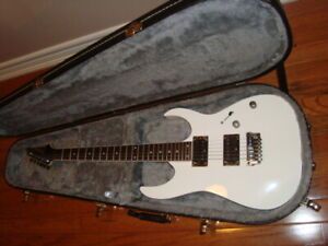 IBANEZ RG321 MH WHITE ELECTRIC GUITAR W. CASE
