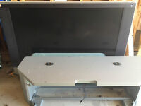 Sony TV 42 inch with stand