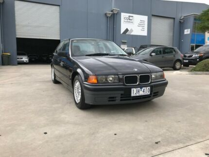 1994 BMW 318I Black 4 Speed Automatic Sedan Newport Hobsons Bay Area Preview