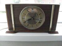 vintage 1950s/60s/70s mantle clocks quartz and some mains electric