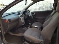 Breaking corsa c sxi 3 door 2004 all parts available air bag 07594145438