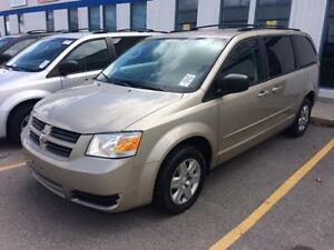 2009 Dodge Grand Caravan SE, Stow&Go, LOW KMS, 7 Passenger!!