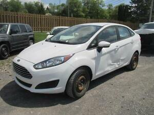 2015 Ford Fiesta SE **BRANDED SALVAGE**