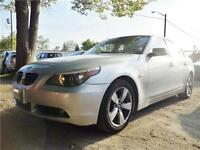 2006 BMW 525Xi AWD SEDAN*AUTO*SILVER ON SILVER LEATHER*FEATURES!